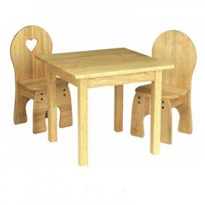 mediniai baldai vaikams